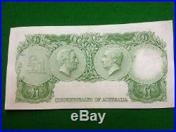 1961 Australian One Pound Star Note HE99 Last Prefix Unc