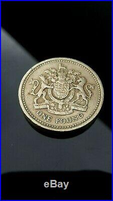 1983 Royal Arms Crest £1 Pound Coin Old Style (One Pound) Coin Hunt