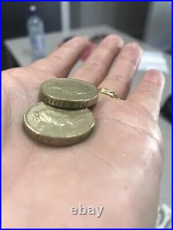1985 Elizabeth 11 ONE POUND COINS X2 WORDS UPSIDE DOWN