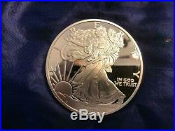 Beautiful Giant One Pound Proof Walking Liberty 2015 Silver Coin