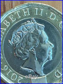 Rare Defect One Pound Coin Error Fault On Crown New Close Up Pictures